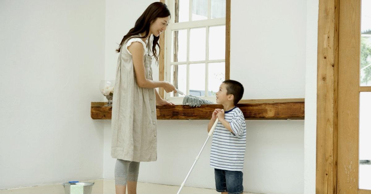 12949 Mom Son Boy Child Chores Clean Sweep 1200w Tn
